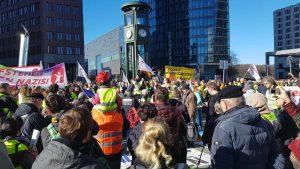 AUFSTEHEN Demo