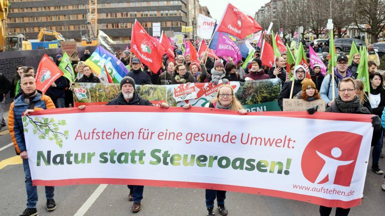 Aufstehen in Berlin - Wir haben es satt 2020