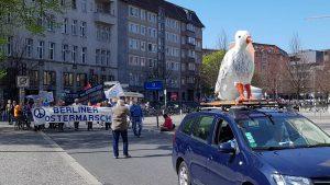 AUFSTEHEN - Ostermarsch in Berlin 2019